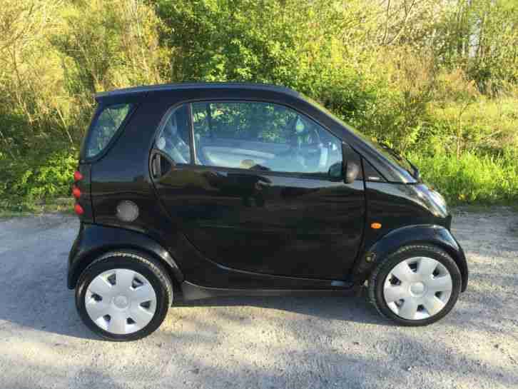 2002 02 MCC SMART PURE SOFTOUCH (RHD) BLACK AUTOMATIC