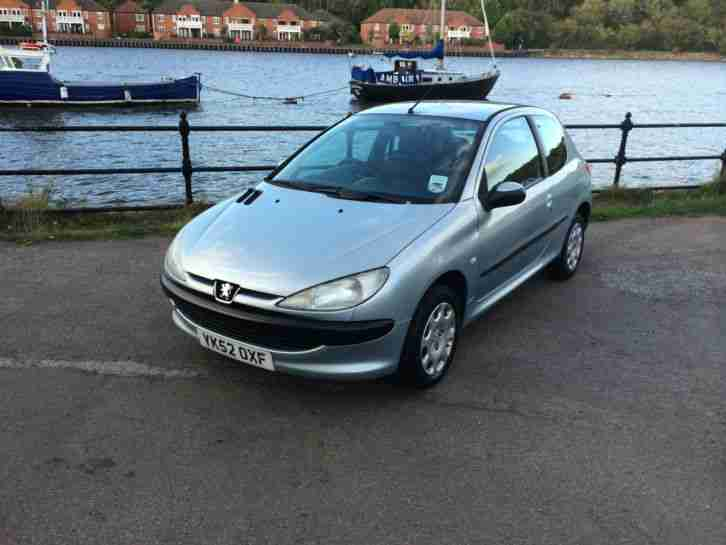 2002 52 REG PEUGEOT 206 LOOK 1.4 8V IDEAL FIRST CAR TAX AND MOT'D CHEAP CAR