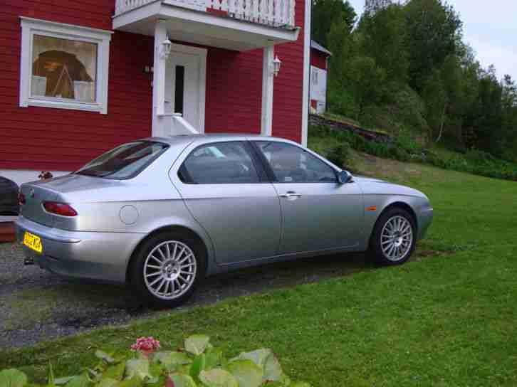 alfa romeo 2002 156 1 8 twin spark car for sale. Black Bedroom Furniture Sets. Home Design Ideas