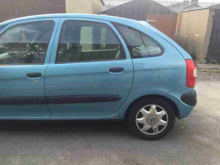 citroen 2002 xsara picasso sx 8v blue car for sale. Black Bedroom Furniture Sets. Home Design Ideas