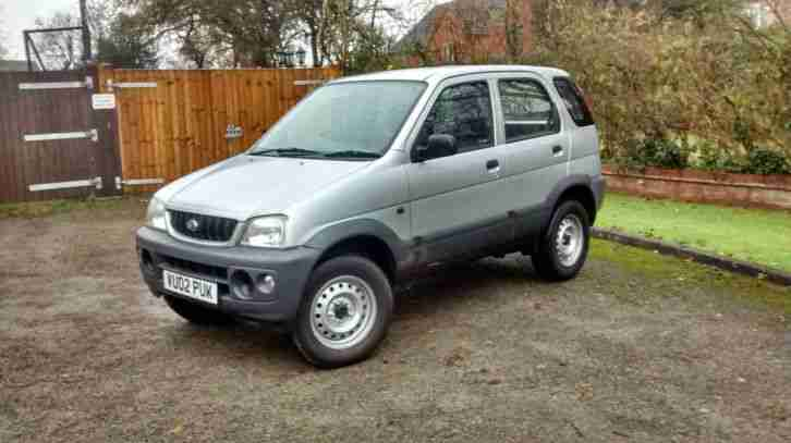 Daihatsu 2002 TERIOS E 4x4 SILVER 62k Miles. Car For Sale