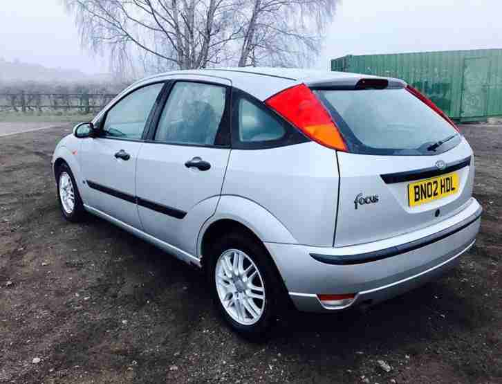 2002 FORD FOCUS LX SILVER + ALLOYS LONG M.O.T
