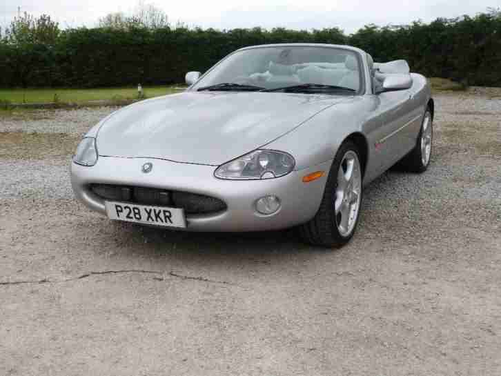 2002 Jaguar XKR 4.2 Supercharged 2dr