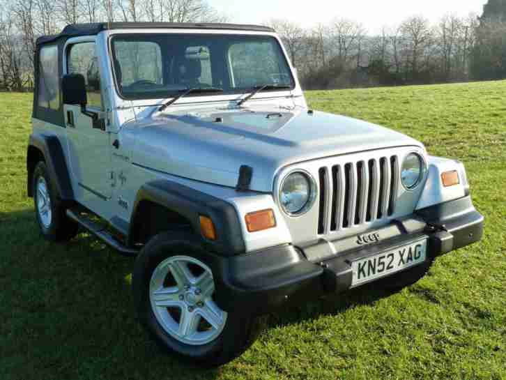 2002 Wrangler 4.0 Grizzly 2dr Soft Top