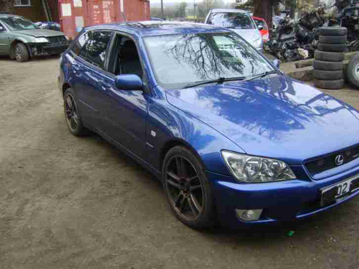 2002 IS 300 SPORTCROSS AUTO BLUE SPARES