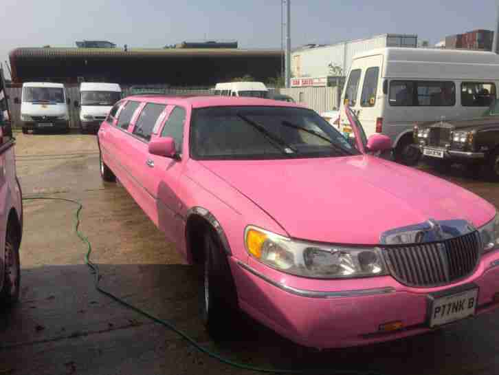 Limo For Sale >> Lincoln Town Car Auto Pink Limo Limousine Needs Mot Runs And Drives Great