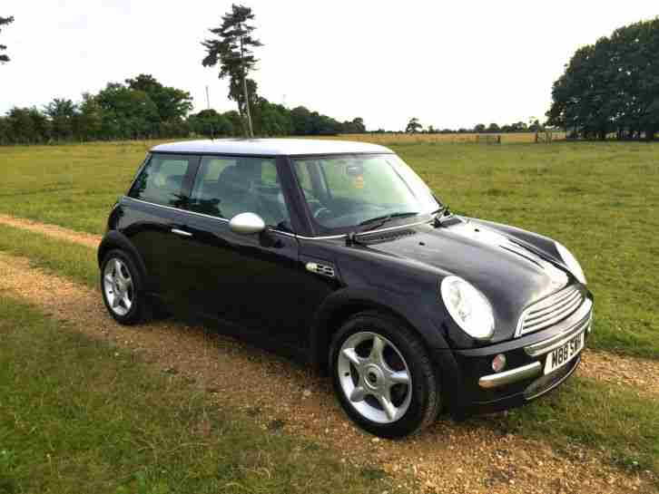 mini 2002 cooper 1 6 black silver rare cooper s replica car for sale. Black Bedroom Furniture Sets. Home Design Ideas