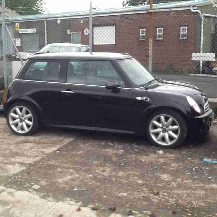 mini 2002 cooper s black read add spares or repairs hpi clear car for sale. Black Bedroom Furniture Sets. Home Design Ideas