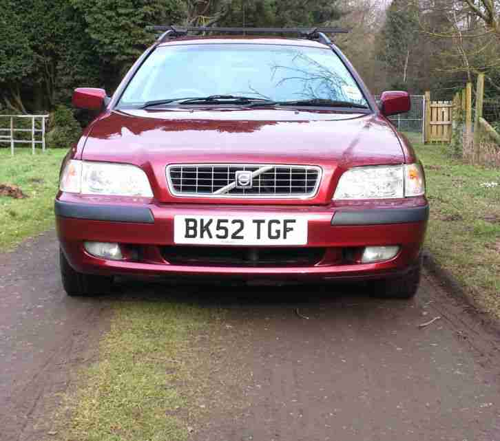 Volvo Auto Sales: Volvo 2002 V40 S RED. Car For Sale