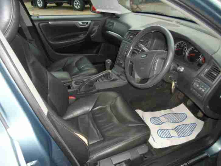 Volvo 2002 v70 2 4 170 bhp se estate with full leather seats for Volvo v70 leather interior for sale