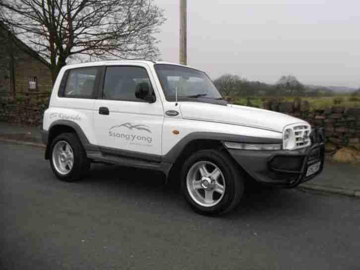 ssangyong 2003 52 korando 2 9d mercedes powered 4x4 jeep car for sale. Black Bedroom Furniture Sets. Home Design Ideas