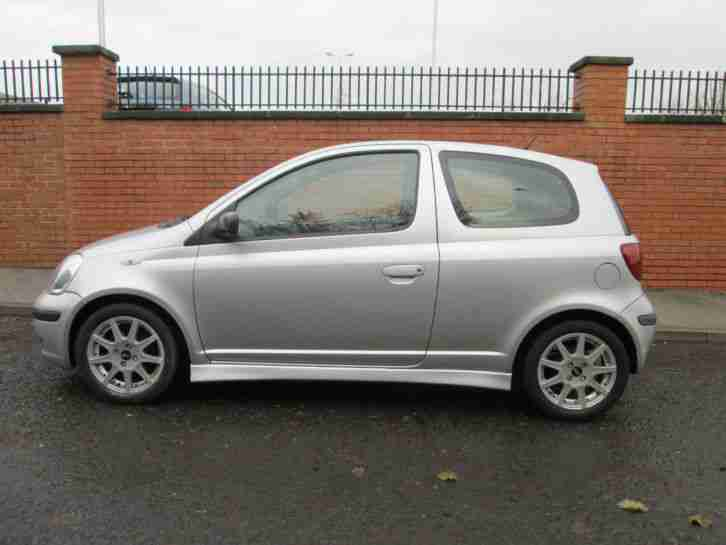 2003 53 Toyota Yaris 1.0 T3 3dr Manual **ONLY 60,000 MILES**