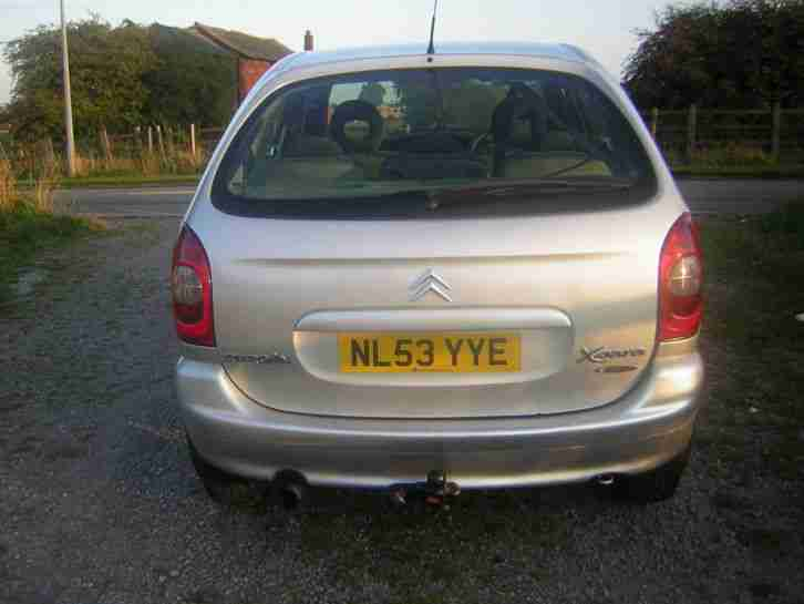 citroen 2003 xsara picasso desire 2 0 hdi silver car for sale. Black Bedroom Furniture Sets. Home Design Ideas