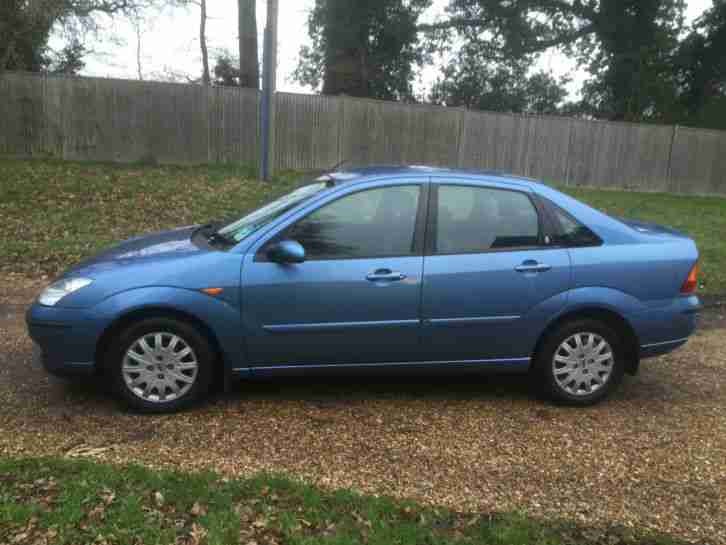 2003 FORD FOCUS 1.6 GHIA NEW MOT & CLUTCH LOOKS AND DRIVES LOVELY AIR CON BLUE