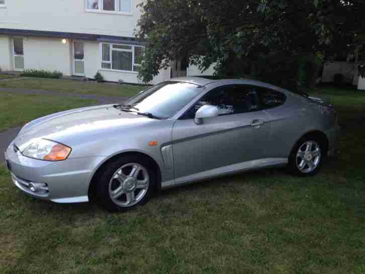 hyundai 2003 coupe se silver car for sale. Black Bedroom Furniture Sets. Home Design Ideas