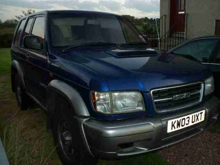 2003 ISUZU TROOPER TURBO DIESEL VAN BLUE