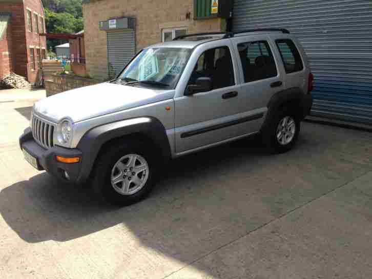 jeep 2003 cherokee 2 5 crd sport 4x4 diesel car for sale. Black Bedroom Furniture Sets. Home Design Ideas