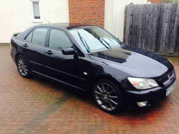 2003 LEXUS IS200 SE BLACK