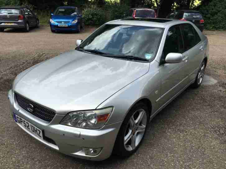 2003 LEXUS IS200 SE SILVER FULL SCREEN NAVIGATION 2 OWNERS 98000 miles £1200