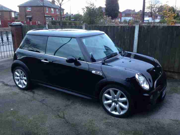 mini 2003 cooper s black sat nav stunning car for sale. Black Bedroom Furniture Sets. Home Design Ideas