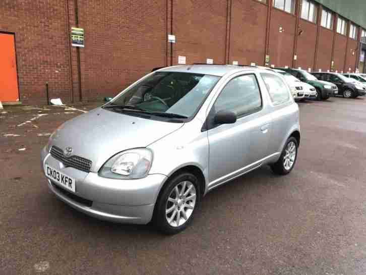 2003 Yaris 1.0 VVT i Colour Collection