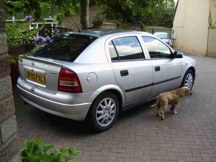 Vauxhall 2003 Astra 1.6 Club 8v 5dr ( Engine Problem ...