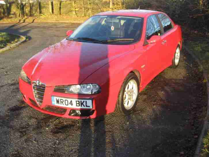 2004 04-reg Alfa Romeo 156 1.9JTD 115bhp Veloce manual in red