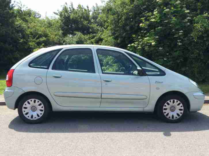 citroen 2004 54 xsara picasso desire 2 only 53100 miles car for sale. Black Bedroom Furniture Sets. Home Design Ideas