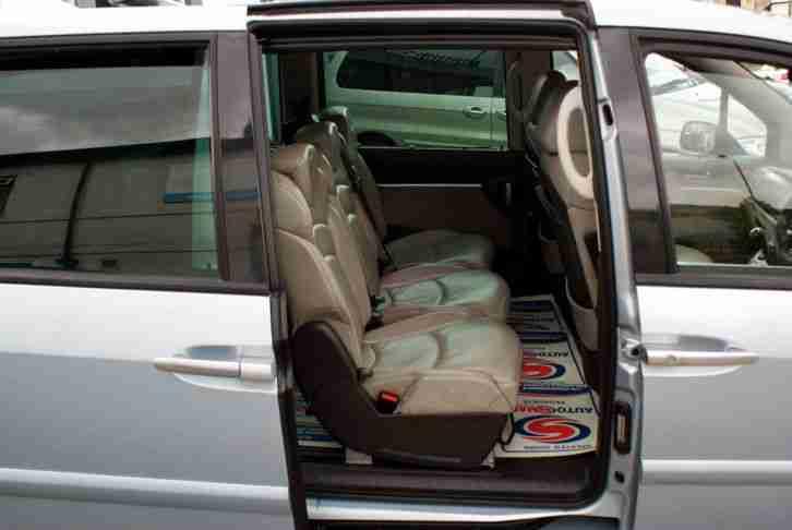 Peugeot 2004 54 807 2 2 hdi executive 7 seat diesel manual for Interior peugeot 807