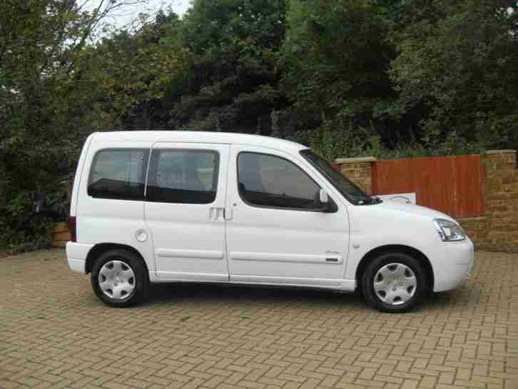citroen 2004 berlingo multispace forte 1 9 d white car for sale. Black Bedroom Furniture Sets. Home Design Ideas