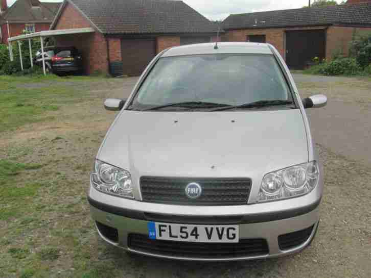 fiat 2004 punto sporting grey spares or repairs car for sale. Black Bedroom Furniture Sets. Home Design Ideas