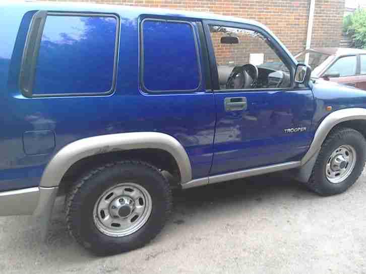Isuzu 2004 Trooper Turbo Diesel Blue Car For Sale