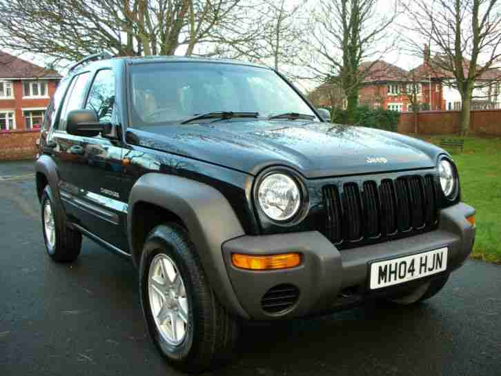 jeep 2004 cherokee 2 8 crd diesel automatic black car for sale. Black Bedroom Furniture Sets. Home Design Ideas