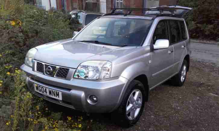 2004 NISSAN X-TRAIL SVE DCI SILVER Full Leather & FSH.