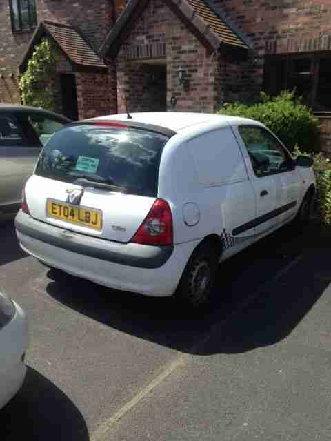 renault 2004 clio van sl15 dci 65 white car for sale. Black Bedroom Furniture Sets. Home Design Ideas