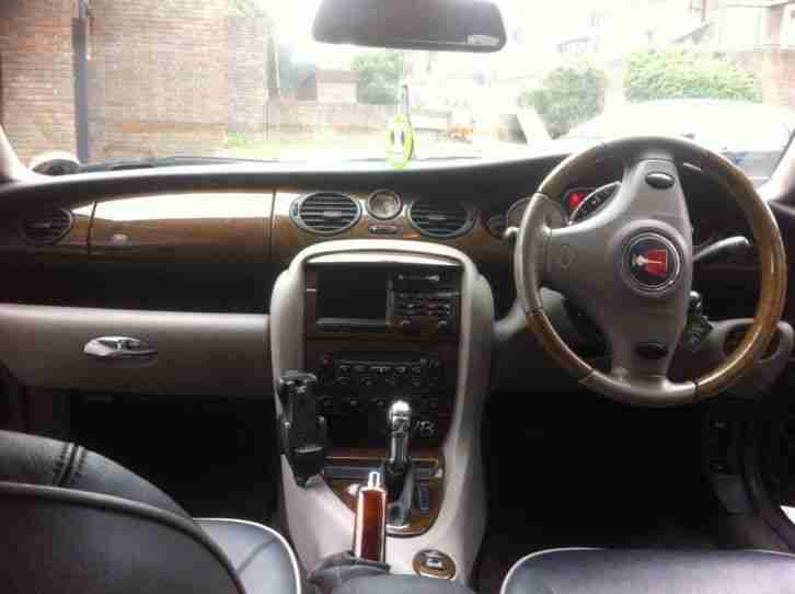 Rover 2004 75 V8 CONNOISSEUR SE A BLACK. LEATHER INTERIOR. car for sale