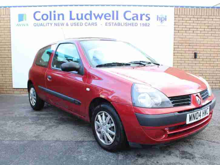 2004 Renault CLIO EXPRESSION 16V | Low MIles Manual Hatchback