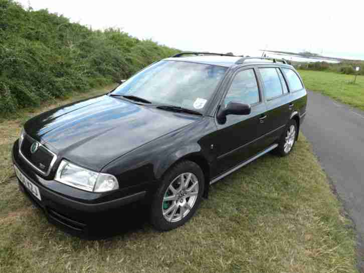 2004 OCTAVIA VRS BLACK ESTATE very low