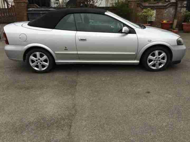 2004 VAUXHALL ASTRA COUPE CONVERTIBLE SILVER
