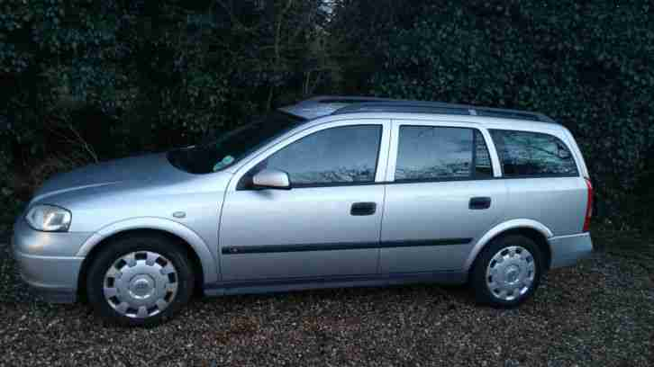 2004 VAUXHALL ASTRA LS ESTAE 16V SILVER, SPARES OR REPAIRS, CAR IS RUNNING