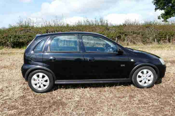 2004 vauxhall corsa 1 2 energy 16v 5 door gold very low mileage at. Black Bedroom Furniture Sets. Home Design Ideas