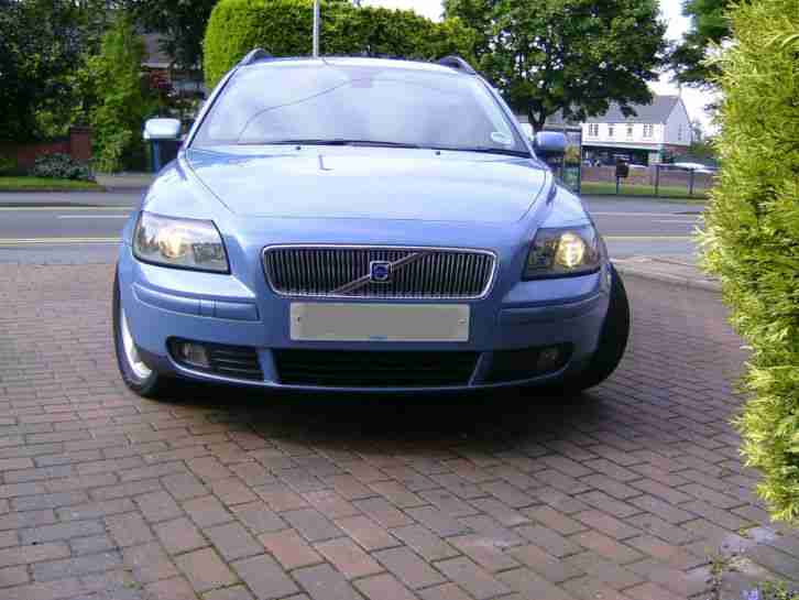 2004 VOLVO V50 SE D (E4) BLUE MOT JAN 2016