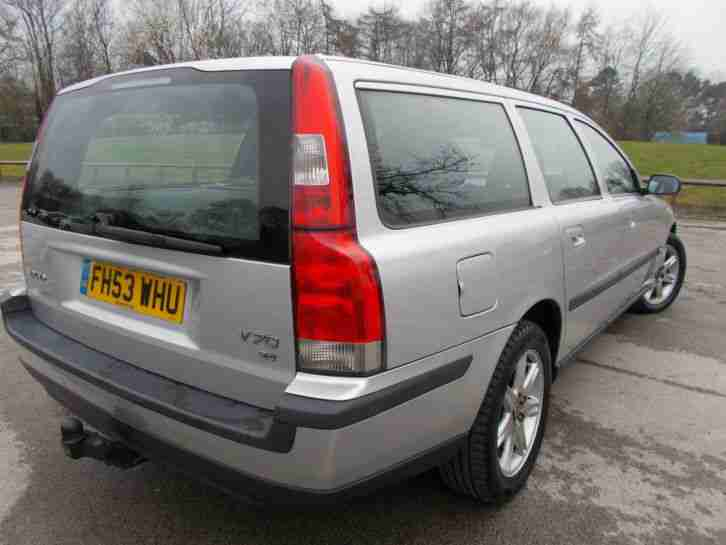 2004 VOLVO V70 S 2.4 (140 BHP) AUTO ESTATE LOVELY CAR