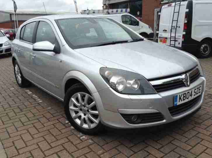 2004 Vauxhall Astra DESIGN 16V TWINPORT