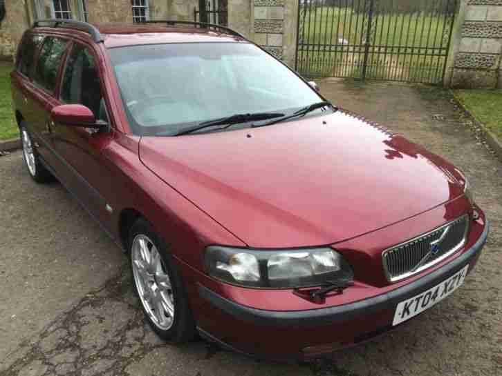 Volvo 2004 V70 2 4 D5 Se Geartronic 5dr Car For Sale