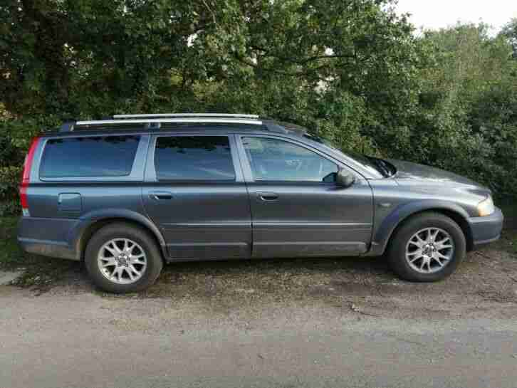 Volvo XC70. Land & Range Rover car from United Kingdom