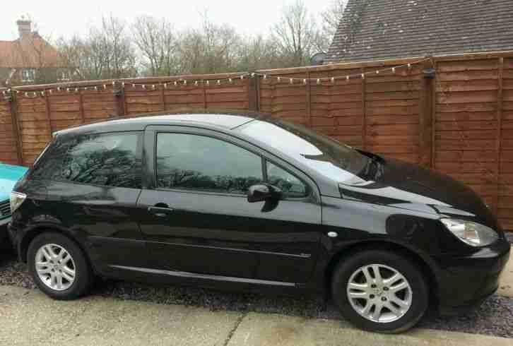 Peugeot 2004 307 Envy 1 4 Petrol Spares Or Repair Car For