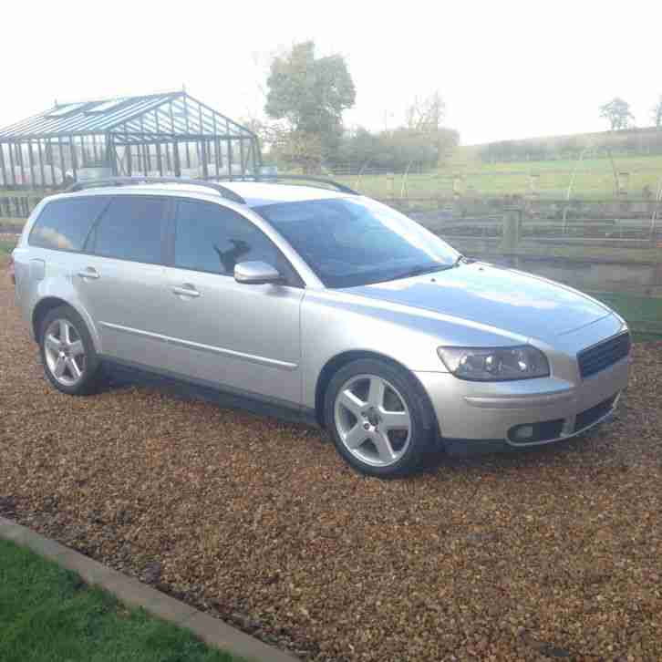Volvo Auto Sales: Volvo 2005 54 V50 2.0 D SE Diesel Estate Euro 4. Car For Sale
