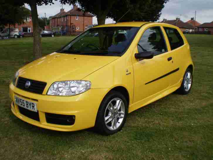 2005 55 plate fiat punto active sport 8v yellow car for sale. Black Bedroom Furniture Sets. Home Design Ideas