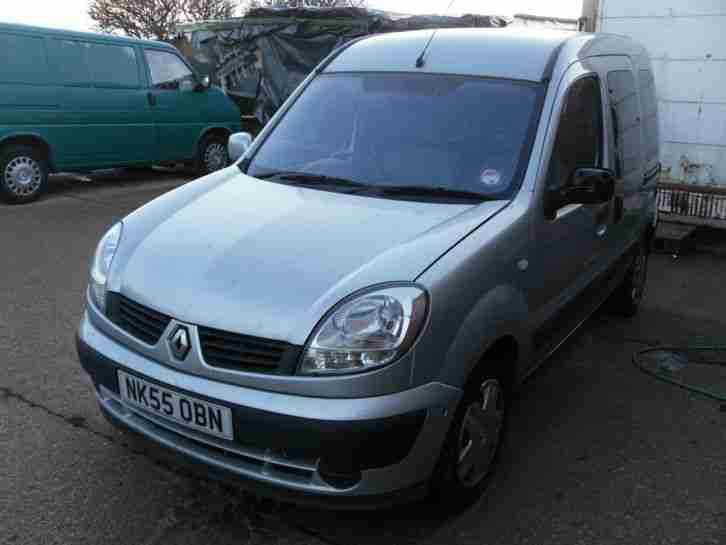 2005 55' PLATE RENAULT KANGOO 1.5 DCI VENTURE 5 SEATER CAR. NEEDS TIDYING